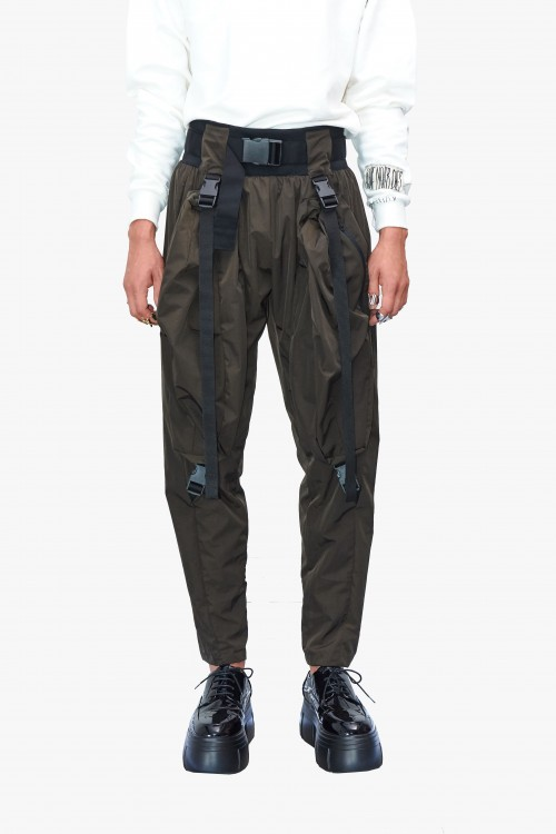 Men parachute trousers